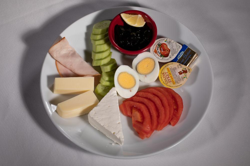 Закуска- 300 гр. | 9,00 лв.